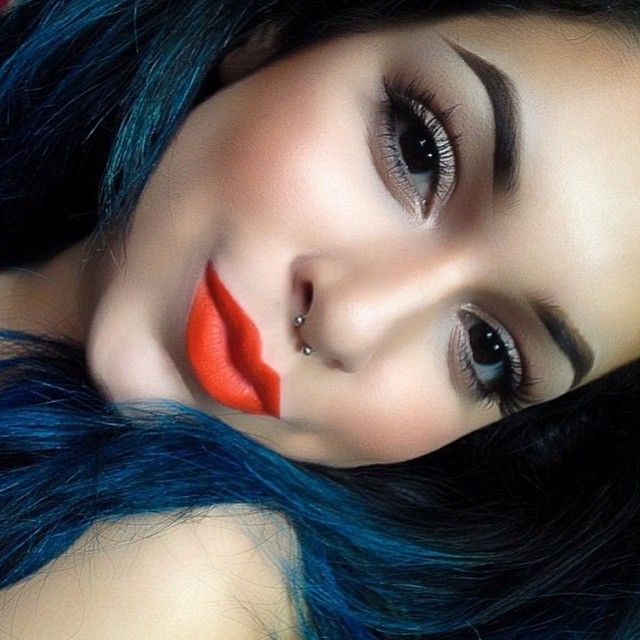 melt cosmetics Bang Bang orange. Love how natural yet dramatic this is. Also love the teeny tiny septum.