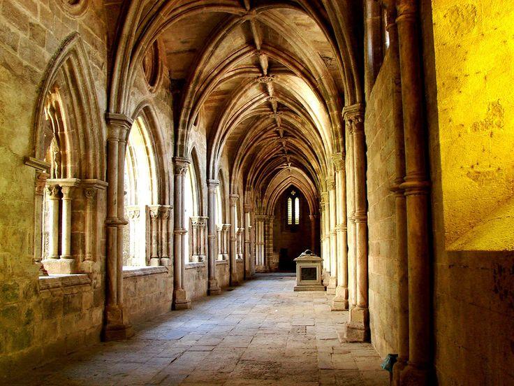 Évora Cathedral Cloisters (Romanesque, Gothic, Manueline, Baroque) 12th century - Portugal