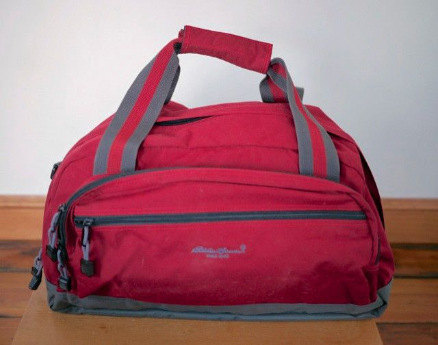 Eddie Bauer Red Grey Nylon Overnight Carry On Gym Duffle Travel Bag 18 X 9 13