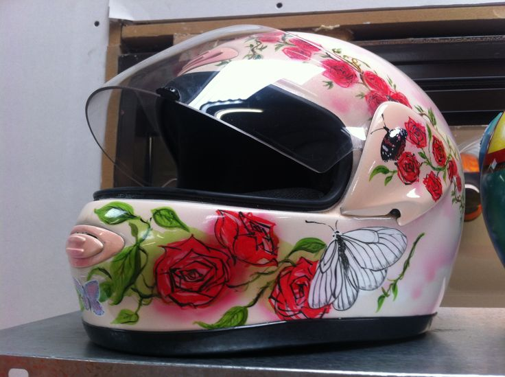 #helmet #pinup #roses #butterfly