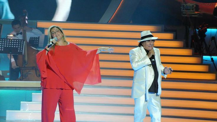Romina and Al Bano in concert.