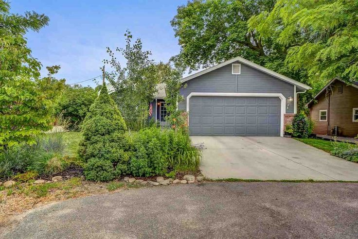 2786 N Tamarack Dr, Boise, ID 83703 Zillow Outdoor