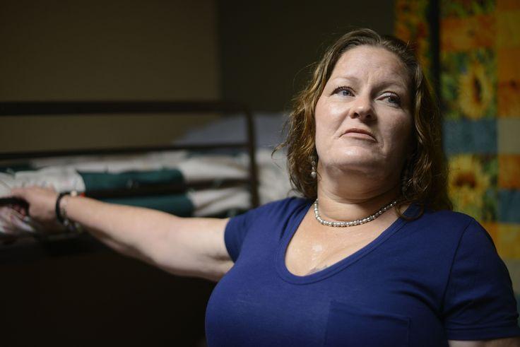 CHICAGO (AP) — En el pasado de Susan Contreras no hay explosiones de bombas ni…