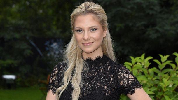 News:  http://ift.tt/2vPc6TO Das nächste Bondgirl? Sexy Urlaubsgruß von Valentina Pahde #aktuell