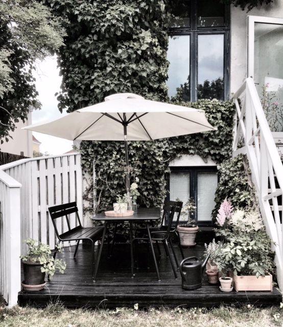 new terrace look with plant pots via @GittteChrist