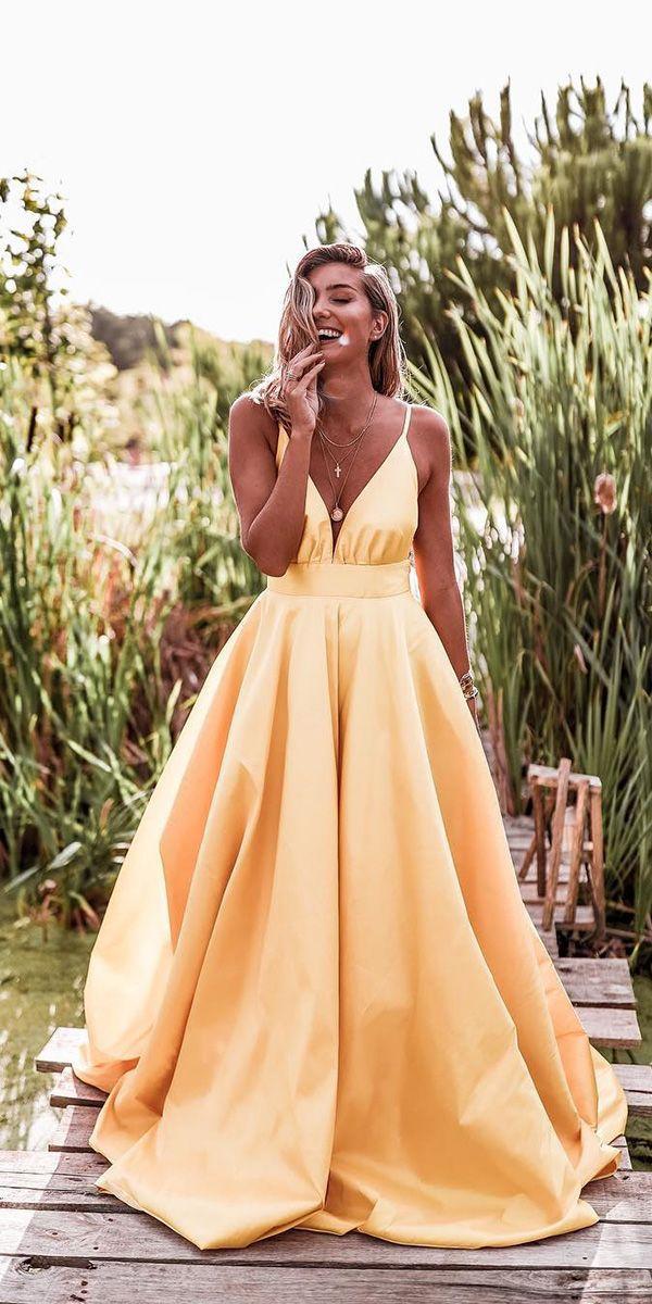 18 Beach Wedding Guest Dresses