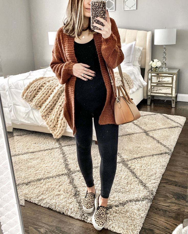 MrsCasual | Instagram Fashion Blogger | Teacher, Mom, Women's Style Blog