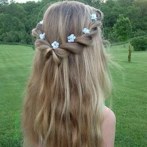 Peinados para niñas para primera comunionPeinados para niñas para primera comunion