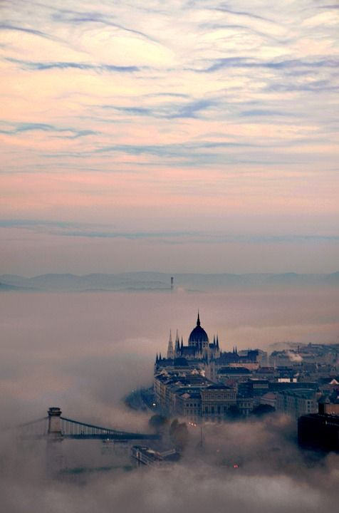 City guide: Budapest, Hungary: a comprehensive guide on where to stay, eat, drink and on what to do in Budapest.