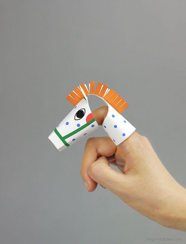 Animal finger puppet - Pipi's horse!
