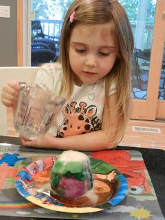 Happiest Mom on the Blog: Volcano science project - Preschool Science