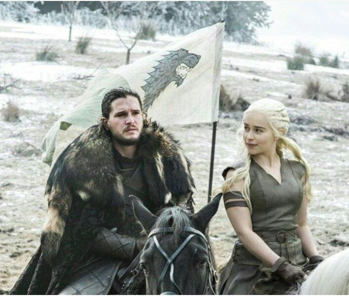 Jon Snow and Daenerys Targaryen. Awesome Photoshopping. Hope this really happens.
