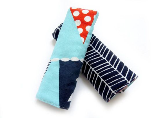Reversible Car Seat Strap Covers for Baby/Toddler - Bunting Flags - Navy Herringbone // Suck Pads // Padded Strap Cover /New Baby Gift