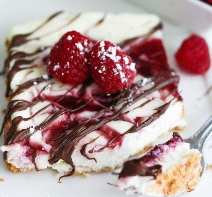SKINNY Raspberry Swirl Cheesecake UM, YUM!!!!! BEST SKINNY RECIPE EVER ...