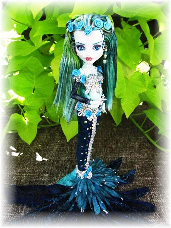 Loralie- Frankie Monster High custom OOAK Mermaid doll