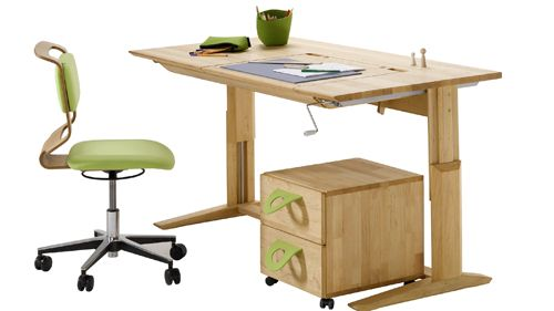 14 best stanze bimbi images on pinterest child room play rooms and desks. Black Bedroom Furniture Sets. Home Design Ideas