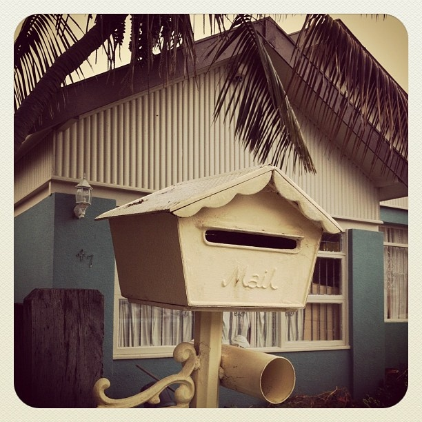 Bondi Beach Bungalow #bondi #atbondi #house #retro