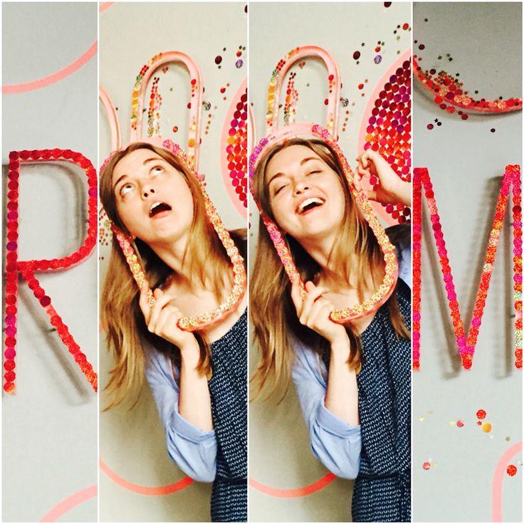 Come have #fun to our #roomtapasbar #workinghard ⭕️#R #O #O #M
