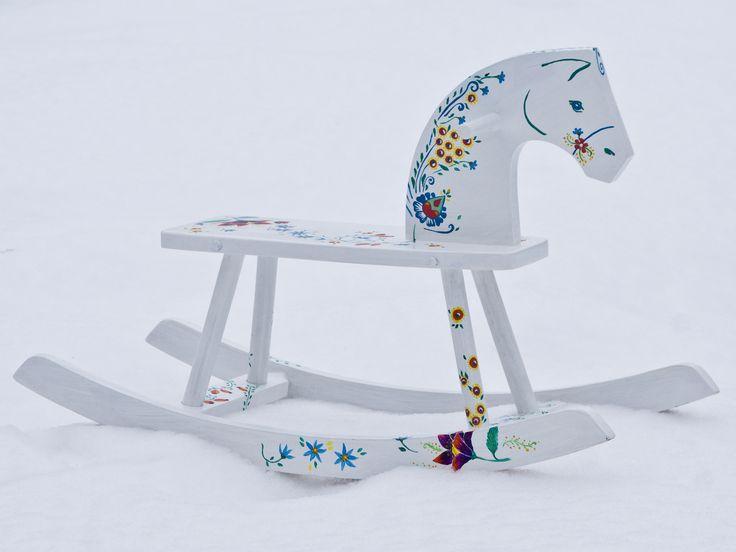 painted horse oprava starého dreveného koňa
