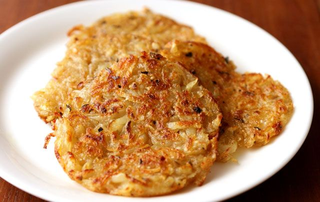 Röstis de pomme de terre au four avec Thermomix, recette de savoureuse galettes de pomme de terre croustillantes avec un coeur moelleux, très facile et simple à réaliser.