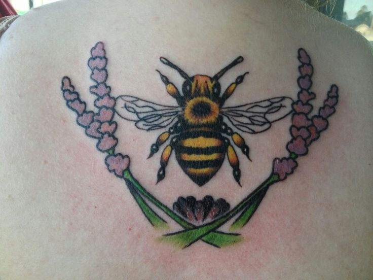 17 best images about tattoos on pinterest pill boxes bumble bees and honey bees. Black Bedroom Furniture Sets. Home Design Ideas