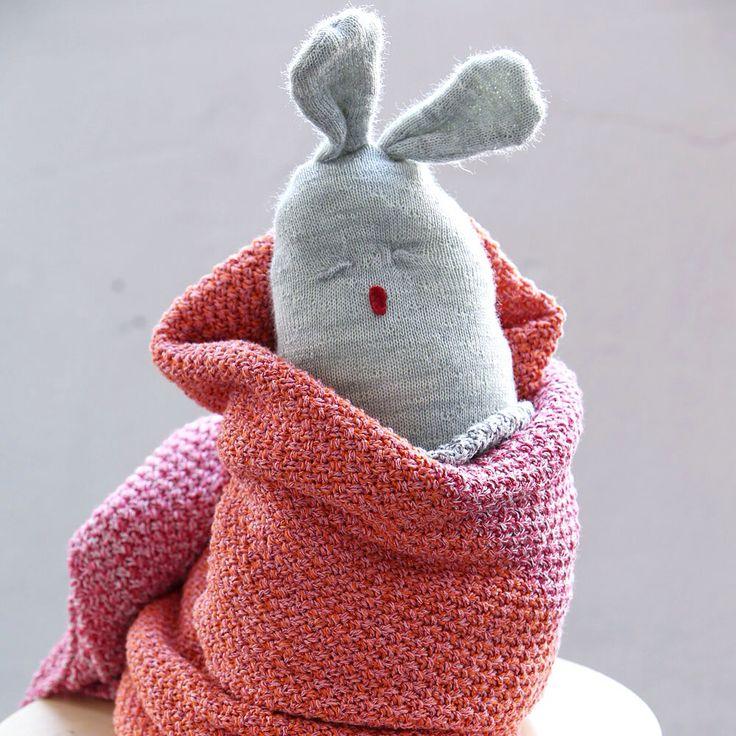 Handmade Bunny - Luna Niños - knit baby blankets