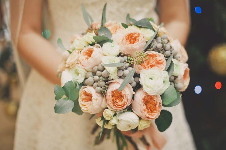 Бело-персиковый букет невесты / Peach and white bridal bouquet