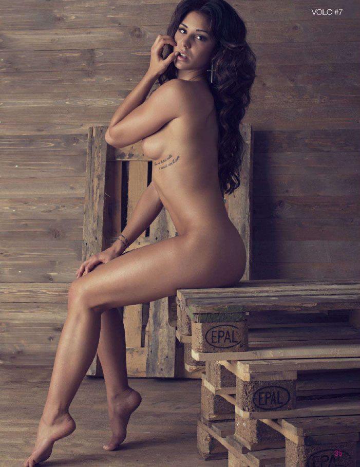 white girl ass shake naked