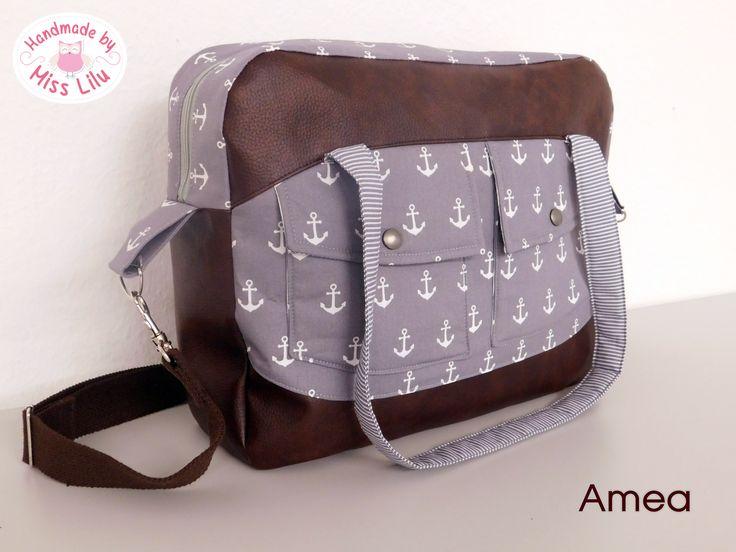 Tasche Amea- Ebook von Handmade by Miss Lilu Amea ist bestens geeignet als Tasche für Uni, Schule, Wickeltasche oder für ausgedehnte Shoppingtrips! Ein großer DinA4 Ordner halt locker Platz.