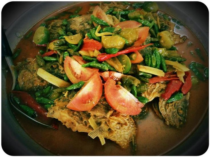 Gulai Ikan Gurame RM Ampera 2 Tak (Cabang Cikini) Masakan Cianjur | Jl. RC Veteran Jakarta Selatan
