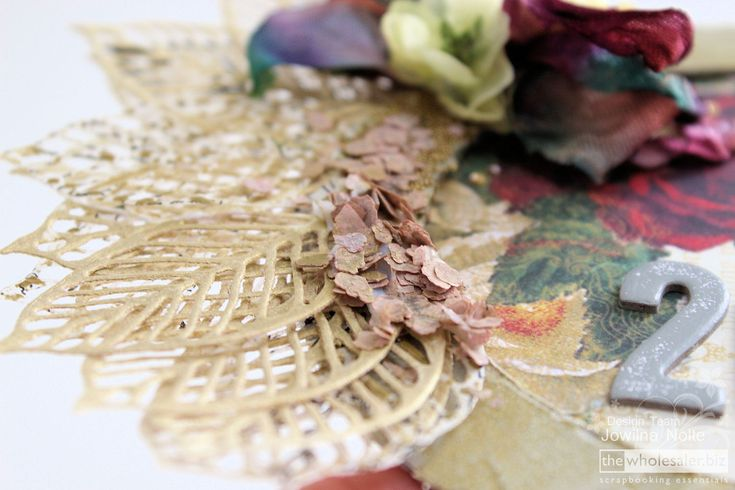 Here's wishing you a year filled with lots of creativity! See Jowilna's tutorial for creating a Prima Art Mediums 2015 reminder wreath?