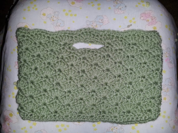 Pistachio Shell Purse by MamaKatCrochet on Etsy, $12.50