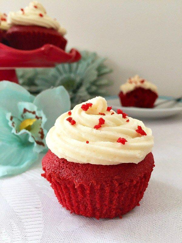Red velvet cupcakes with vanilla buttercream