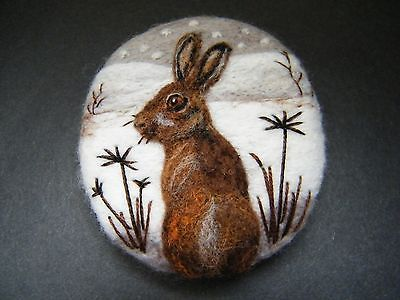 Handmade needle felted brooch/Gift   'The Winter Hare'   by  Tracey Dunn  | eBay
