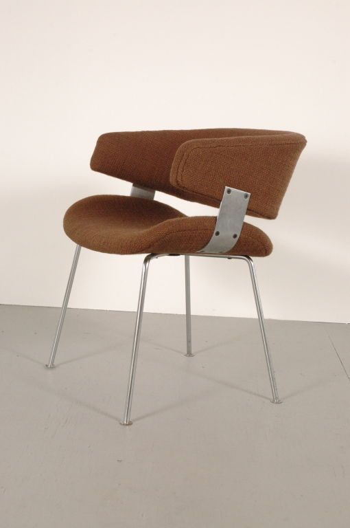 Geoffrey Harcourt; Chromed and Brushed Steel Armchair for Artifort, 1960s.