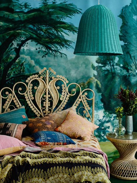 Gorgeous headboard! How would you incorporate feathers into your nest?