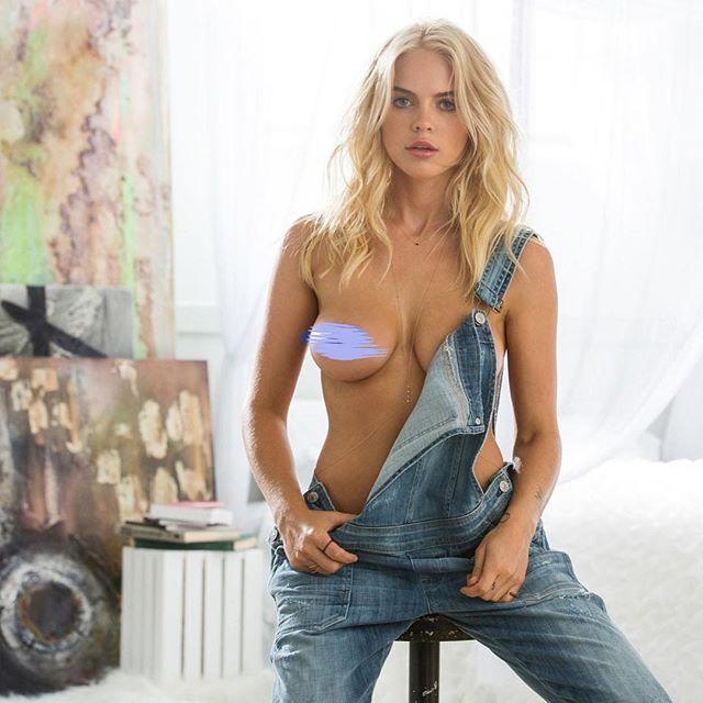 Abigail Wake Nude Photos