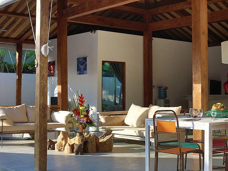 La #villa est disposée de façon à trouver une #atmosphère #reposante dans tout les coins.