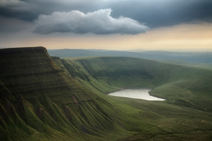 Black Mountain, Wales. In north Ancantha, there are the Ashen mountains. The mountain range separates Ancantha from it's sister country, Araelia.