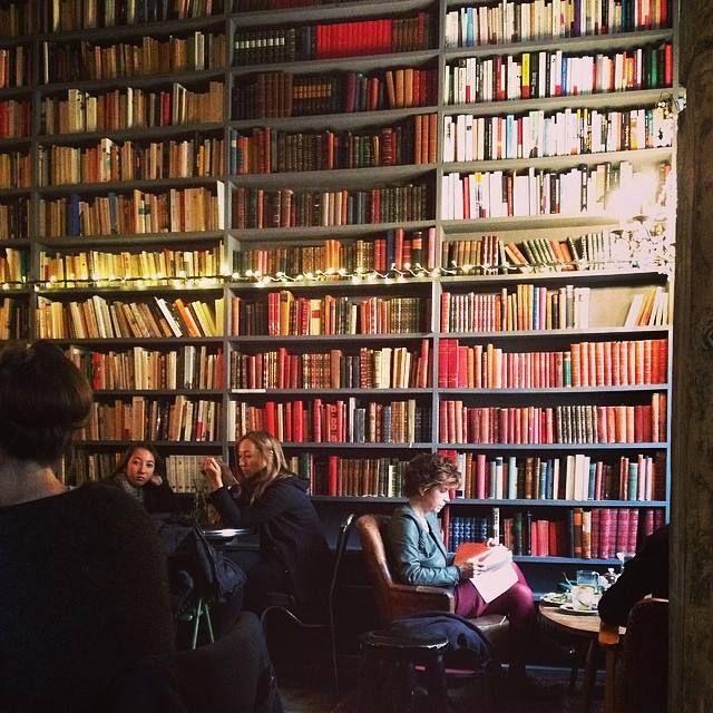 The Used Books Cafe, Paris