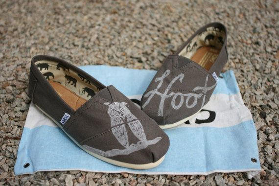 Hey, I found this really awesome Etsy listing at https://www.etsy.com/listing/96390355/owl-custom-toms-shoes