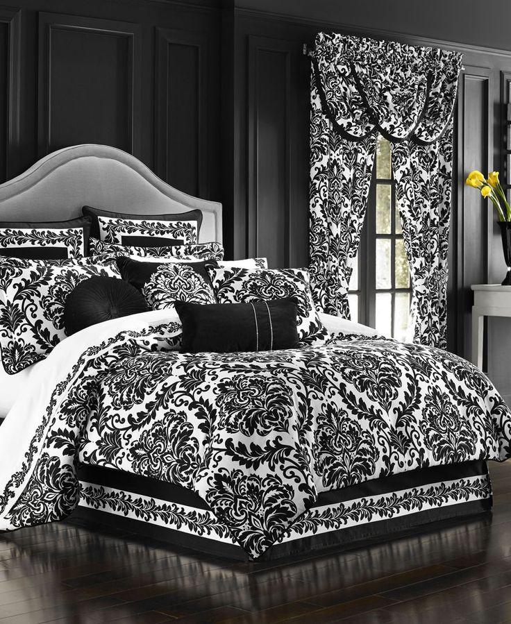 J Queen New York Cambridge Queen Comforter Set