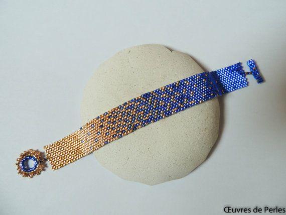 Manchette ou bracelet bleu et doré en perles Miyuki en point de peyote Bracelet de perles Bracelet perlé Cadeau de Noël