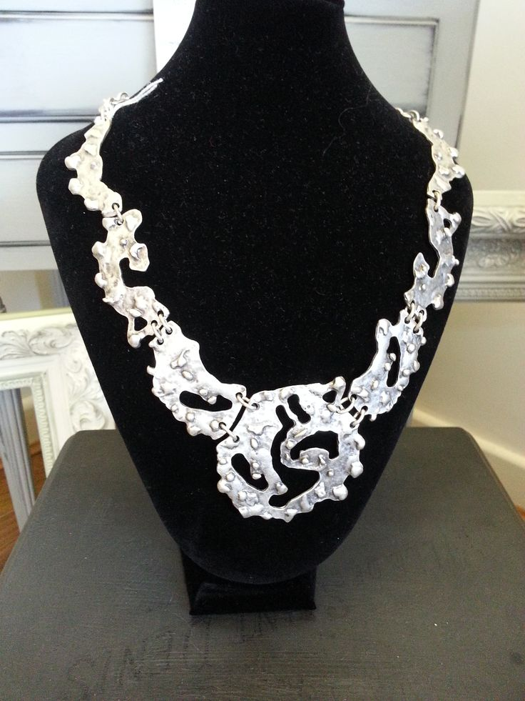 With Valentine's just around the corner this magnificent piece called Maggie would delight ladies of all ages, everywhere. But, if the object of your affections lives in #Swansea you can avail yourself of this outstanding [photo doesn't do it justice] necklace at our Killay shop. SA2 7DZ.  #TreatyJewellery
