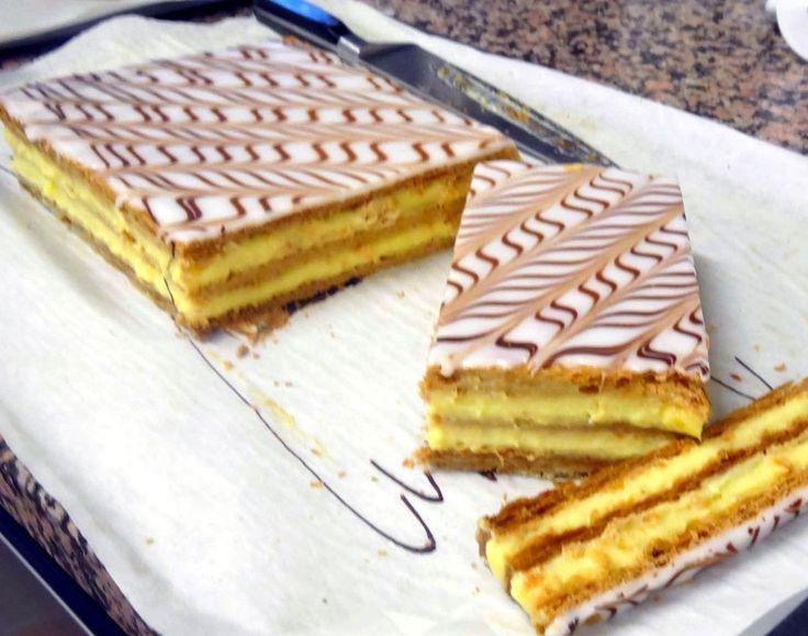 Une recette détaillée pas-à-pas en photo de la pâte feuillette pour réussir vos mille-feuilles à la maison et là l'examen CAP de pâtisserie.