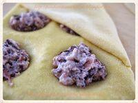 Forchetta e Cucchiaino: Ravioli radicchio, noci e ricotta