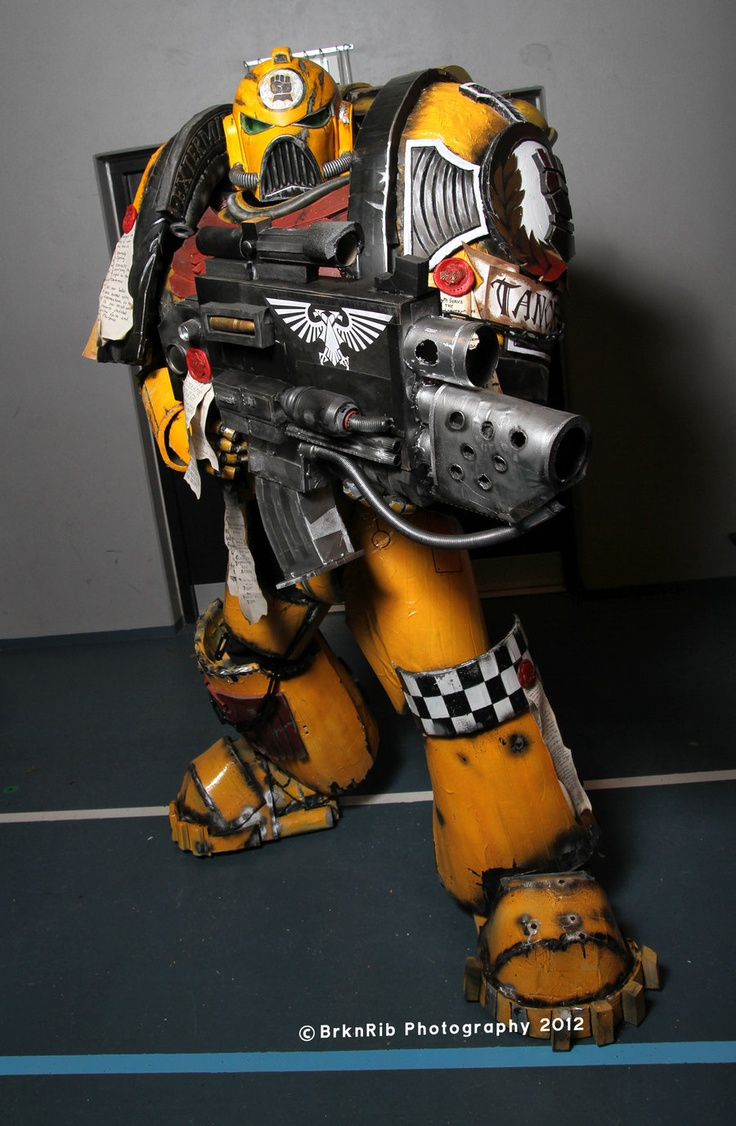 Cosplay - Imperial Fist Space Marine with Combi-Bolter.