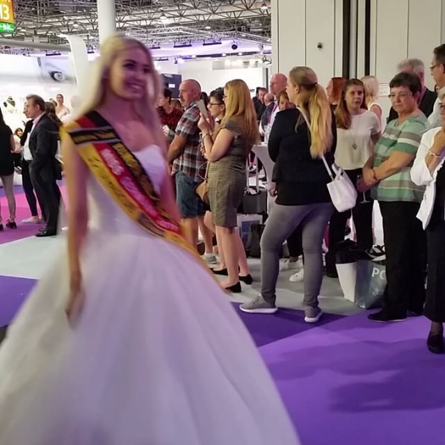 Interbride#Dusseldorf#2018#weddingdress#bride#luxus#weekend#job#fashion#exhibition#fair http://gelinshop.com/ipost/1524824363059297012/?code=BUpQ63pArr0