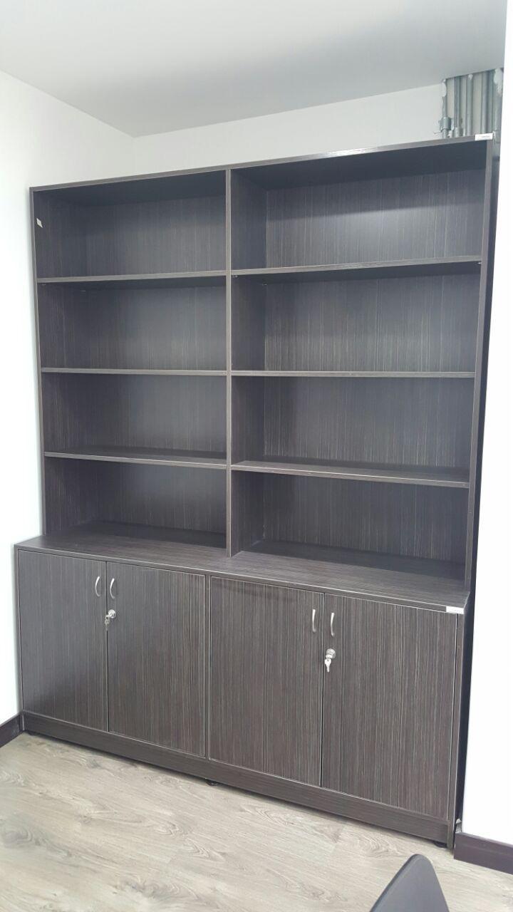 Biblioteca empotrada #design #furniture #geometricamodular