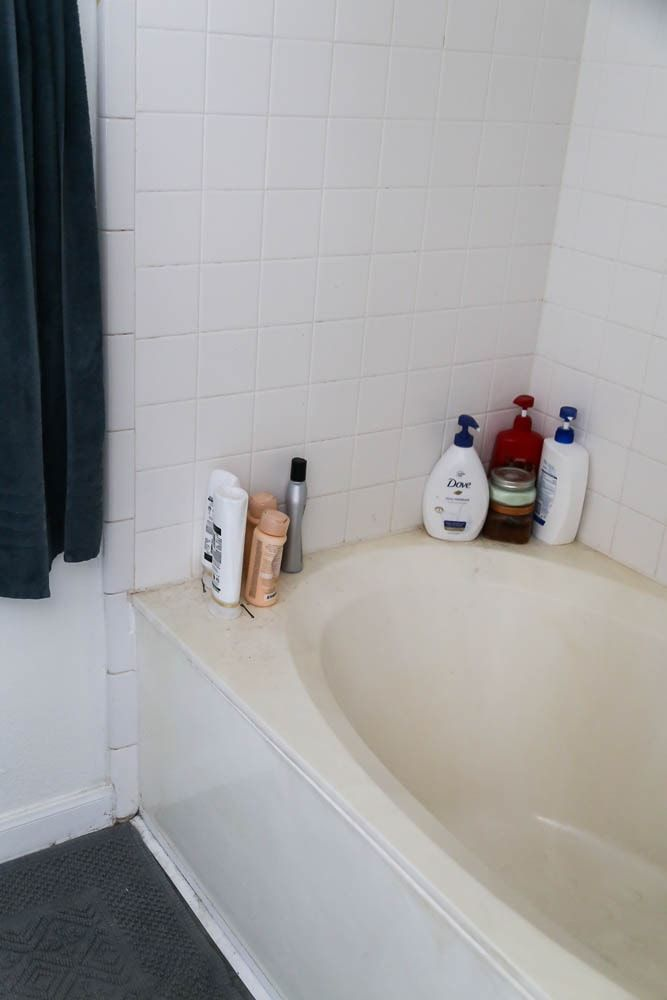 How To Paint Your Bathtub Using Rust Oleum S Tub Tile Refinishing